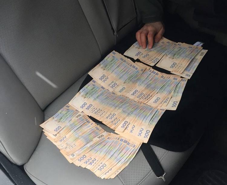На Луганщине попалась на взятке подчиненная Гарбуза, экс-сообщница Януковича